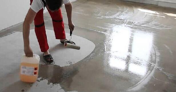 как клеить линолеум на бетонный пол после грунтования