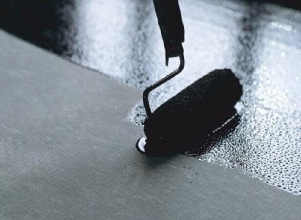 как клеить линолеум на бетонный пол при помощи мастики