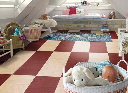 натуральный линолеум в детской спальне