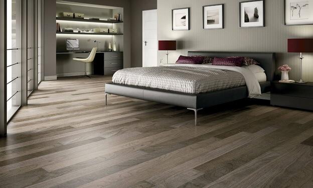 Коричневый цвет линолеума не скучный дизайн для спальни