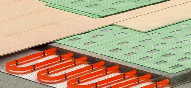 Схема в разрезе ламината уложенного на теплый водяной пол