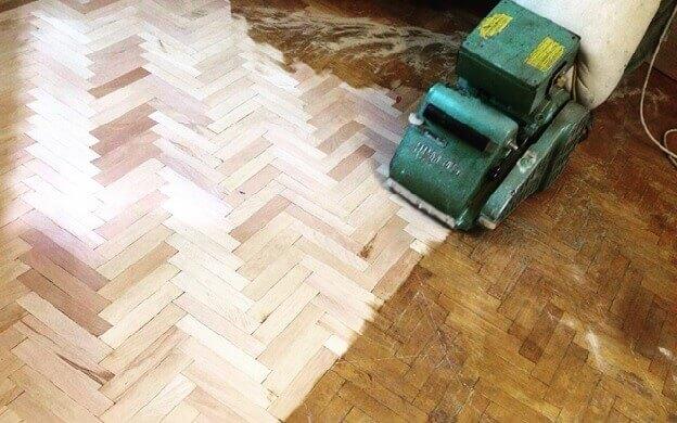 Циклевка неровного деревянного пола для укладки ламината