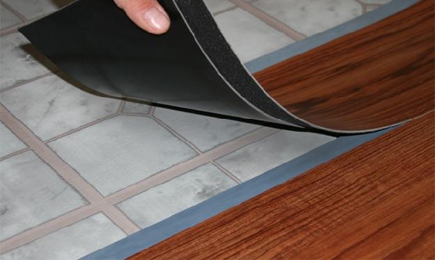 Укладка винилового ламината на неровный пол